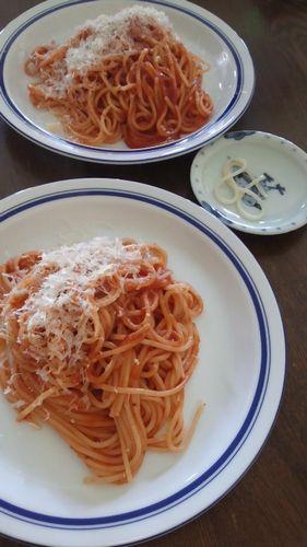 トマトソースのパスタ by nekotano