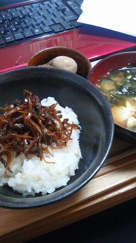 いかなごのくぎ煮のっけごはん by nekotano
